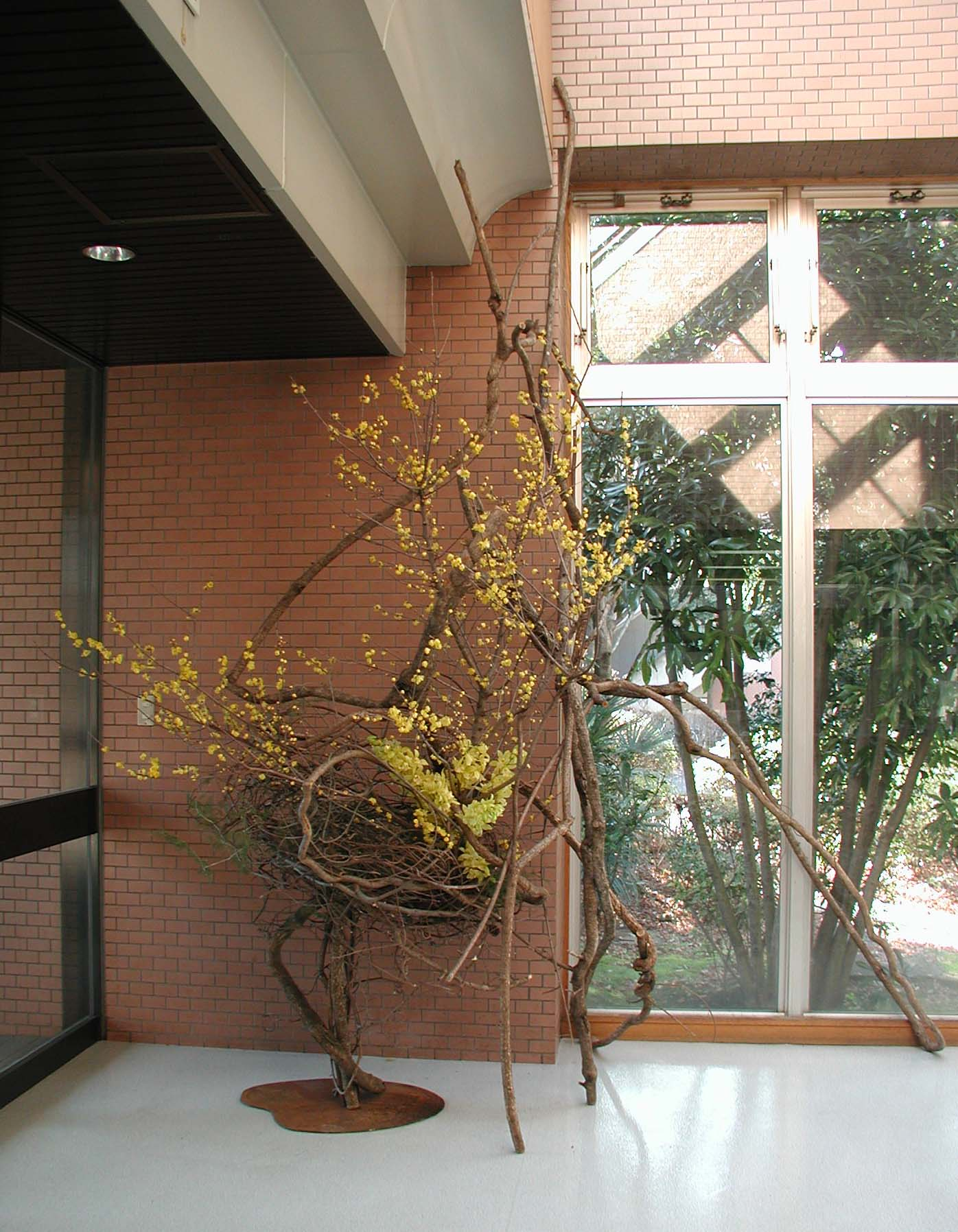 2008  祖師谷留学生会館ロビー<br>